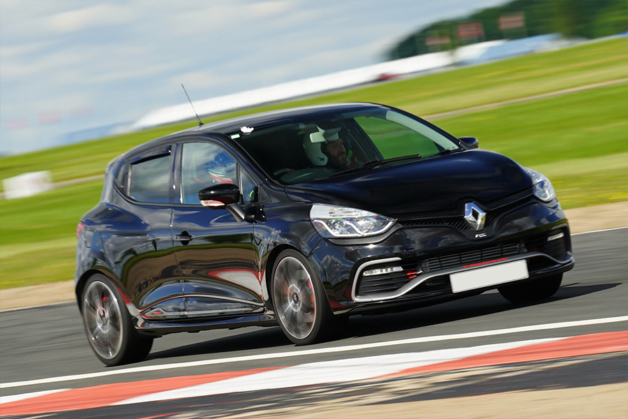 Renault Sport Clio 197 Track Day Hire track day hire