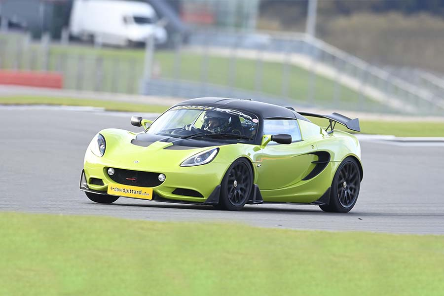 Lotus Elise S-Cup track day hire