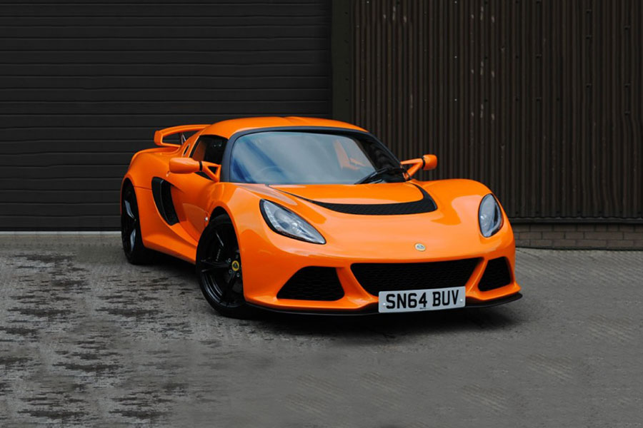 Lotus Exige S track day hire